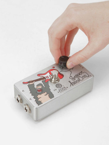 Hand-on Effect Pedal